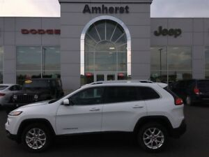 2014 Jeep Cherokee North - satellite radio and traction control