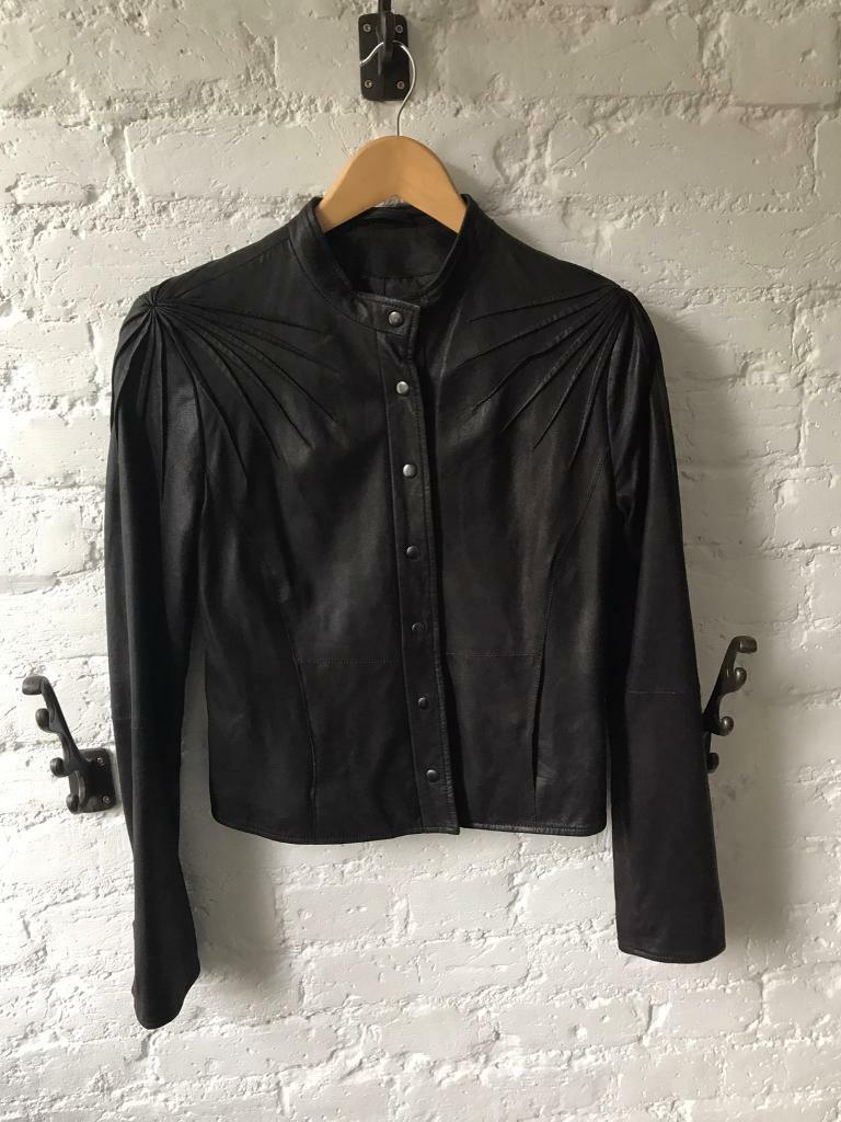 Brown leather jacket by Ashwood size UK10in Lewisham, LondonGumtree - Very soft, light brown leather with lovely shoulder design and pockets. Its lovely fitting, quite short, very feminine. The label says 12 but its on the small side of 12 more like 10
