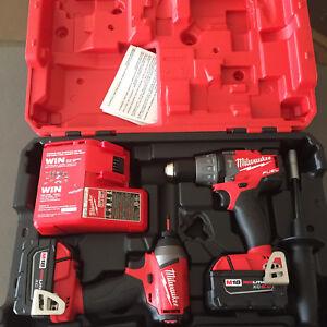 Milwaukee fuel brushless M18 combo kit impact & hammer drill