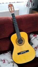 CLASSICAL GUITAR HERALD THREE QUARTER SIZE NYLON STRUNG ACOUSTIC
