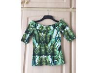 River Isalnd bardot style fitted top size 8