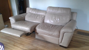 Cindy Crawford couch real leather! Perfect shape800$