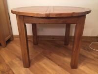 Round Oak Extendable Table 110 - 150 cms