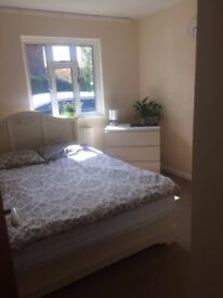 single and double rooms for rent in bar hill