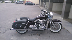 2006 ROAD KING CLASSIC LOW MILEAGE