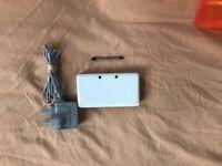 Nintendo 3DS Ice White Handheld System