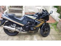 GPZ 600R good condition cheqp to insure