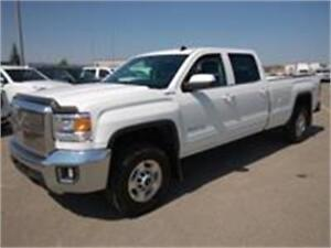2015 GMC Sierra SLE  2500 HD 4x4 Crew Cab 8 ft box 6.0L gas