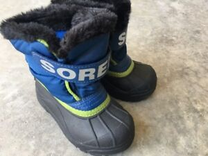 Kids size 9 Sorel winter boots