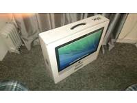 iMac 21.5 inch with magic mouse, tracks and magic keyboard