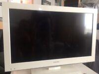 "Toshiba 32"" LCD TV DVD combi"