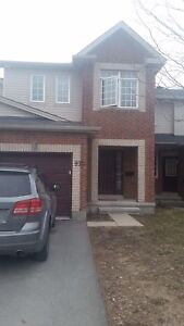 Looking for an roommate In Kanata