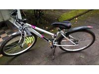 B'twin Rockrider 5.0, Women's Mountain Bike, white size S