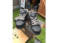 SITE Shale Safety Trainers size 8