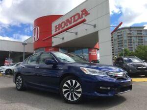 2017 Honda Accord Hybrid Sedan Touring CVT