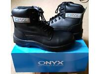 Combat trousers & size 10 safety boots