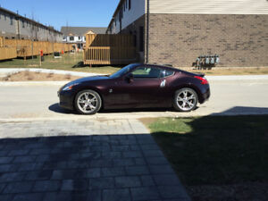 2010 Nissan 370Z Coupe (2 door) sport touring