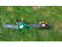 2x chainsaws very good runners