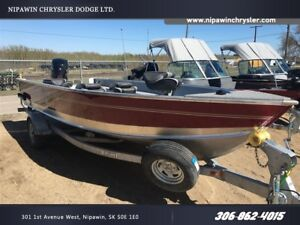 2016 lund boat co 2000 Alaskan Red