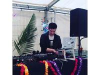 DJ & Live Performer - Seeking slots - Laptop Junkie