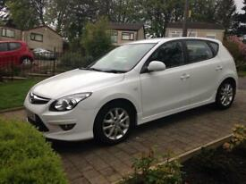 Fabulous condition 2011 Hyundai i30 comfort - 42,000 miles