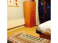 A large Double Room Available in Kilburn flat