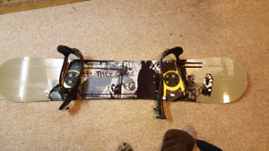 Option Snowboard great condition