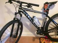 Brand new Mountain bike Kross level b6