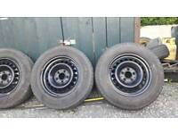 Four 195/70R 15 wheels