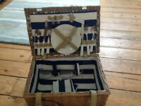 Picnic hamper for sale-great condition