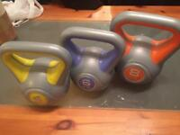 Kettle bell weights x3