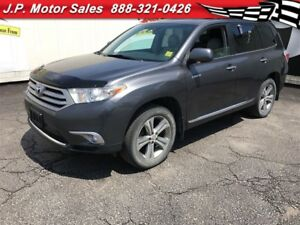 2011 Toyota Highlander Limited, Automatic, Navigation, Sunroof,