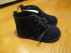 Brand New Toddler Shoes - Size 9 (boys)