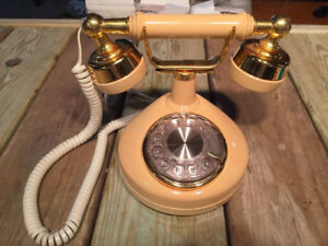 Antique Vintage Rotary Phone