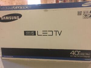 "***FOR SALE*** Samsung 40"" HD LED TV"