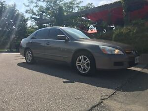 2007 Honda Accord Lowest Price for a fully loaded on Kijiji!!