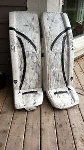 Senior goalie gear