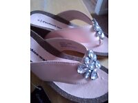 Cushion walk sandals new with tag.