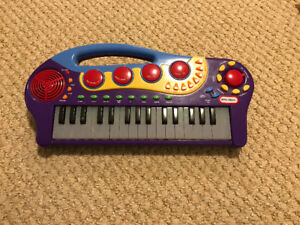 Little Tikes Musical Keyboard with Teaching Lights