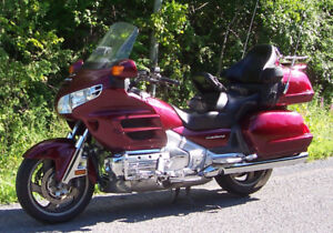 REDUCED PRICE 2005 Goldwing GL1800...Winter SPECIAL !!!!!!!