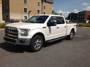 Pick-up F150 Lariat Supercrew 4X4 - 2016, 14,500km