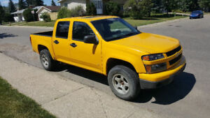 2006 Chevrolet Colorado Pickup Truck with Snow Plow Blade