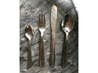 Cutlery set of 16 pieces