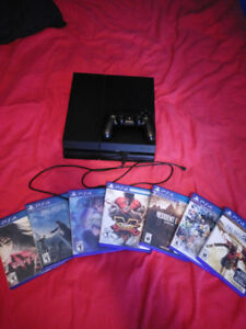 Ps4 500 GB with 8 Games
