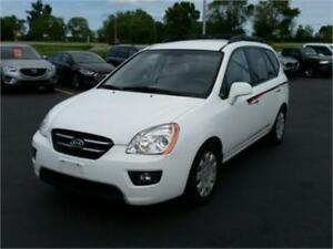 2009 Kia Rondo EX 4 Cylinder! Excellent Condition! No Accidents!