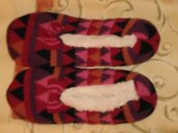 Ladies Soft Faux Fur Ballerina Patterned Slip On Slippers With Bow – Size: 5-6