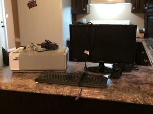 Computer printer, monitor, keyboard & mouse for sale