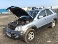 Kia Sorento Diesel manual gearbox spare parts available engine bumper bonnet door