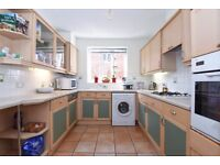 A modern and spacious 2 double bedroom apartment in Holly Lodge, Wimbledon Hill Road, SW19