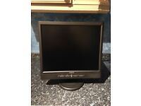 Avidav 17 Inch LCD TFT Monitor With Built-In Speakers. Black